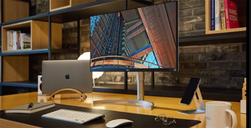best overall monitor for macbook pro