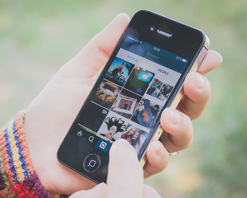 delete iphone photo album